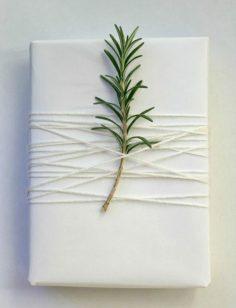 Weihnachtsgeschenke verpacken geschenk verpacken geschenke schön verpacken mit rossmarin  – frankiiiiiiiiii