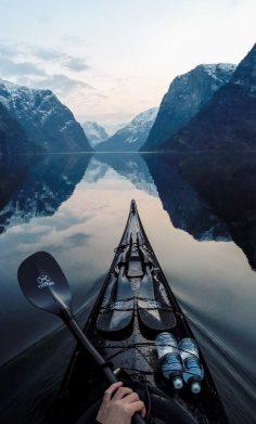 Wunderschönes Norwegen. Den passenden Koffer für eure Reise findet ihr bei uns: www.profibag.de/…  – poloch